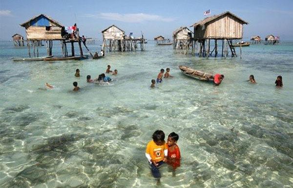 Denizde yaşayan insanlar: Bajaular 16