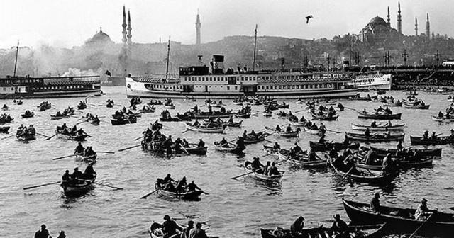 Balık dolu siyah beyaz İstanbul 1