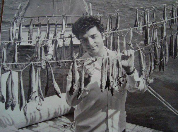 Balık dolu siyah beyaz İstanbul 47