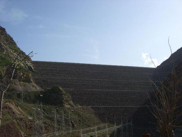 Dünyanın en uzun barajları 51