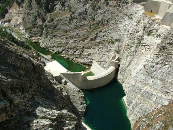 Dünyanın en uzun barajları 6