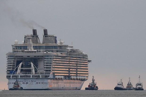 Dev yolcu gemisi ilk seferine çıktı 8