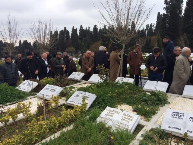 Şadan Kalkavan mezarı başında anıldı 13