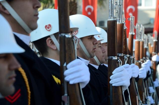 Şehitleri Anma Günü ve Çanakkale Deniz Zaferi'nin 101. yılı 8