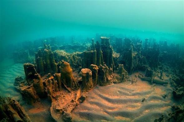 Van Gölü'nde mikrobiyalit alan 1