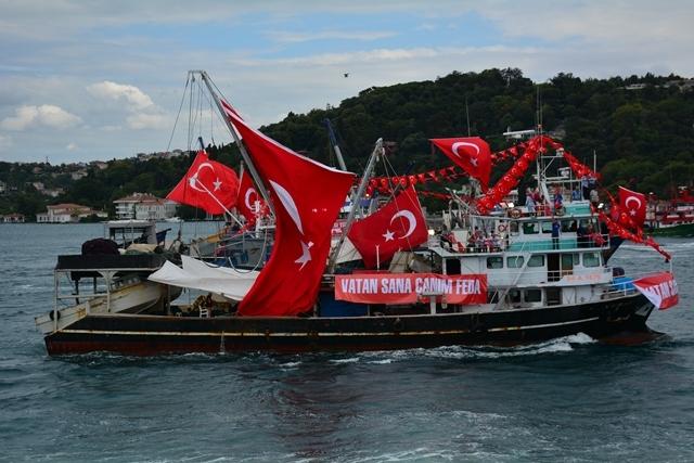 Denizciler Milli İrade'nin yanında 18