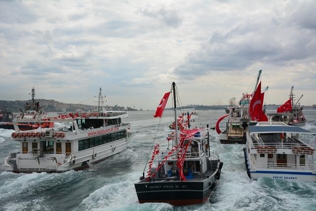 Denizciler Milli İrade'nin yanında 21