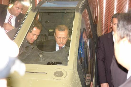 Başbakan Erdoğan IDEF 09'da 18