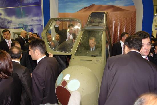 Başbakan Erdoğan IDEF 09'da 20