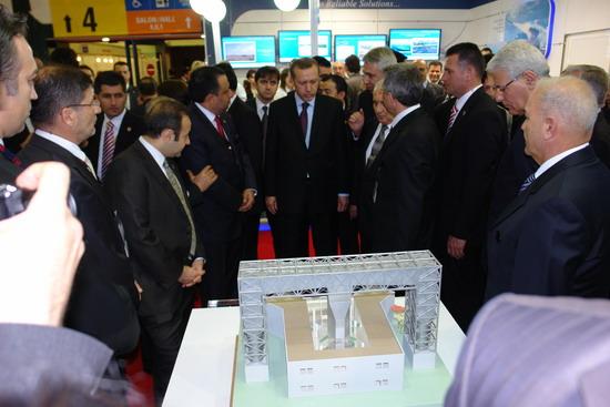 Başbakan Erdoğan IDEF 09'da 21