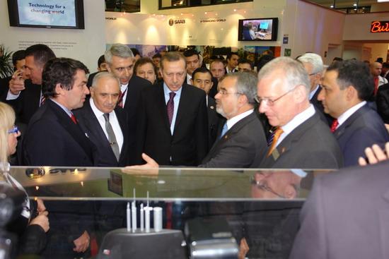 Başbakan Erdoğan IDEF 09'da 24