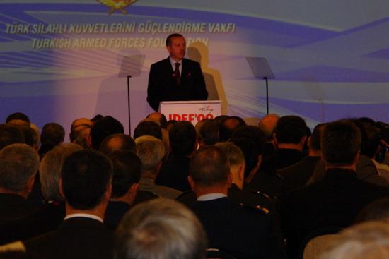Başbakan Erdoğan IDEF 09'da 3