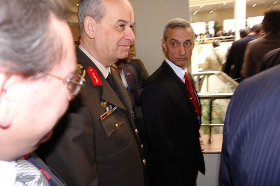 Başbakan Erdoğan IDEF 09'da 5
