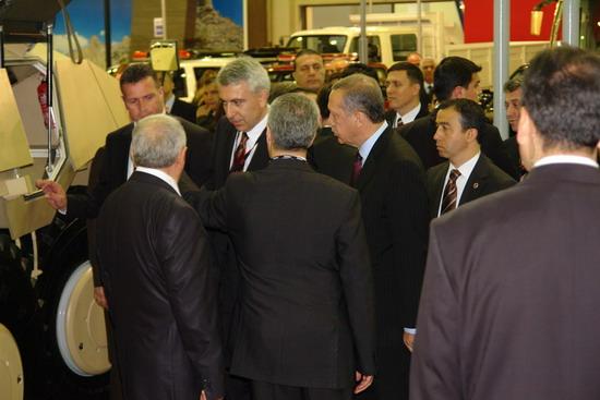 Başbakan Erdoğan IDEF 09'da 8