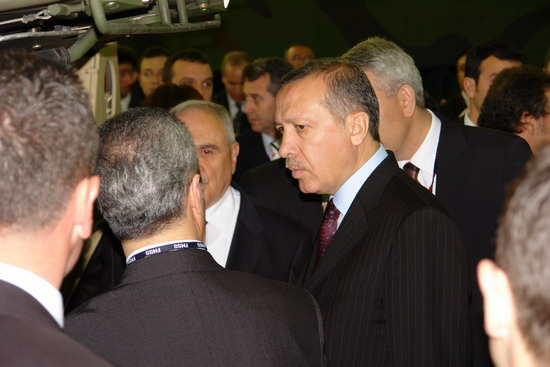 Başbakan Erdoğan IDEF 09'da 9