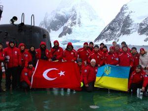 """""""Hepimizin Antarktikası"""" Fotoğraf Sergisi"""