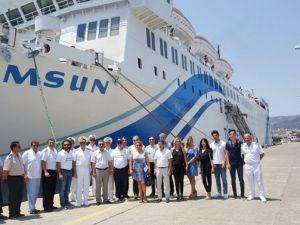 T/S Samsun gemisi Marmaris Limanı'na geldi