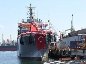 A-583 TCG Işın Türk Deniz Kuvvetleri'ne teslim edildi