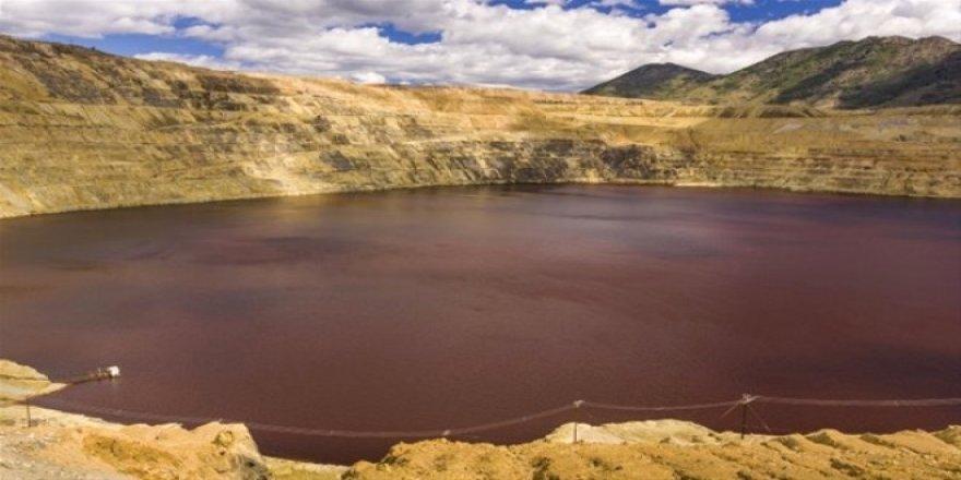 Dünyanın En Zehirli Gölü