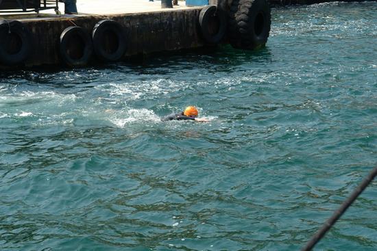 62 Yaşında Boğazı yüzerek geçti 10