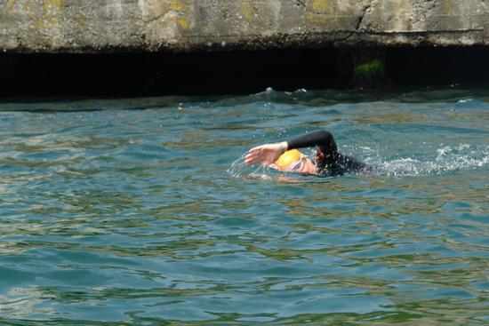 62 Yaşında Boğazı yüzerek geçti 19