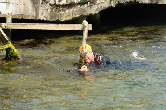 62 Yaşında Boğazı yüzerek geçti 22