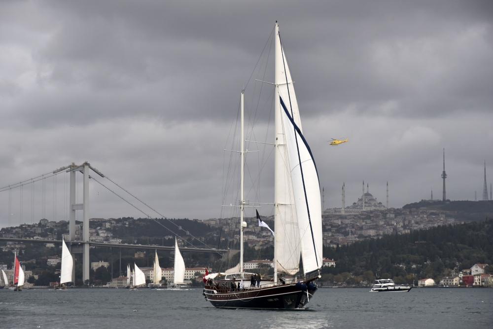 İstanbul Boğazı muhteşem karelere sahne oldu 1