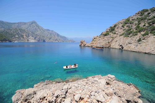 Korsan limanında arkeoloji ve doğal güzellik görüntülendi 17