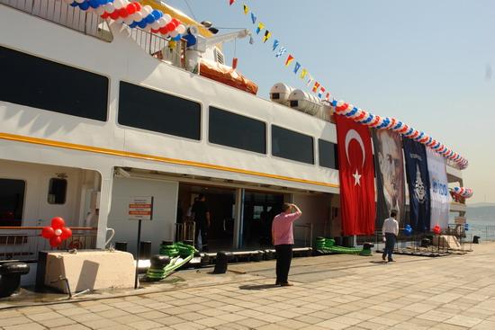 İstanbul'a iki vapur daha 1