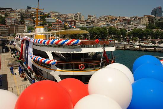 İstanbul'a iki vapur daha 21