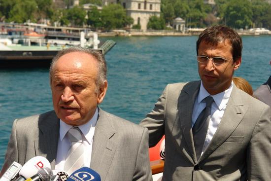 İstanbul'a iki vapur daha 22