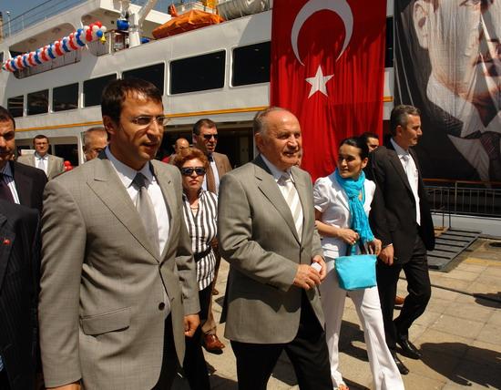 İstanbul'a iki vapur daha 4