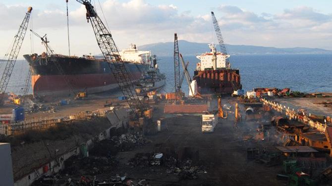 Hurda gemilerden ekonomiye 1 milyar liralık katkı