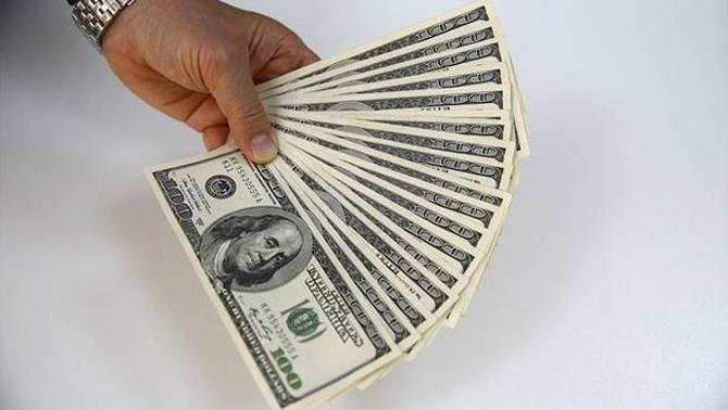 Dolar 2,90'nın altına indi