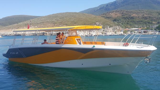 Gezi teknesine İzmir imzası