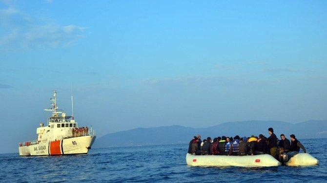 Sahil Güvenlik mülteciler için ayaktaydı