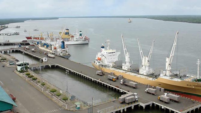Yılport, Puerto Bolivar Limanını 50 yıllığına devraldı