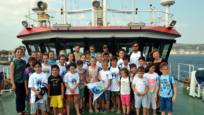 TURMEPA, eğitim için Çanakkale'ye demir attı