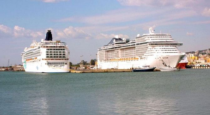 Global, İtalya'da 2 limanı daha bünyesine kattı
