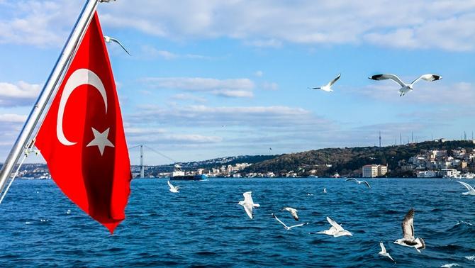 Yat, kotra ve gemilerde Türk bayrağı dalgalanacak