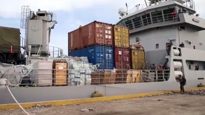 Haiti'ye yardım götüren gemi limana yanaşamadı