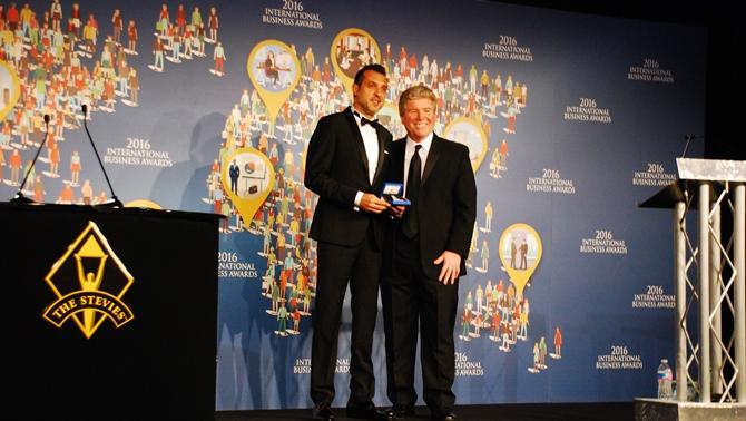 Stevie Awards-Gümüş ödülünü İDO aldı