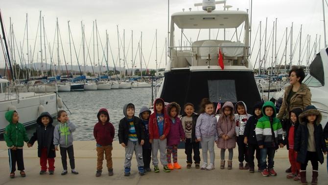 Anaokulu öğrencilerinden Teos Marina'ya ziyaret