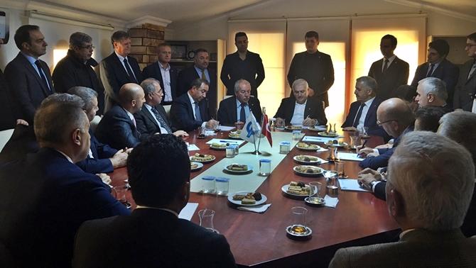Başbakan, Gemi Mühendisleri Odası'nı ziyaret etti