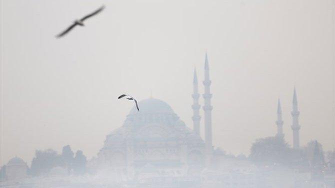İstanbullular güne yoğun sis ile uyandı