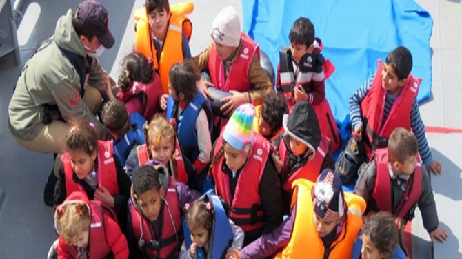 TNF continue with countering irregular migration in hot spots in the Aegean Sea