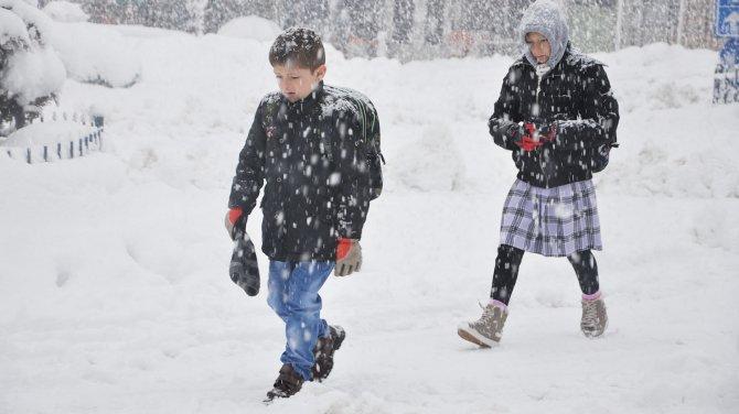 İstanbul'da yarında okullar tatil edildi, eğitime ara verilen iller!