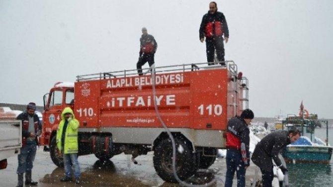 Kar ile mücadelede deniz suyu yöntemi kullanıldı