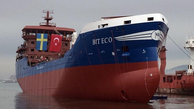 M/T Bit Eco gemisi denize indirildi