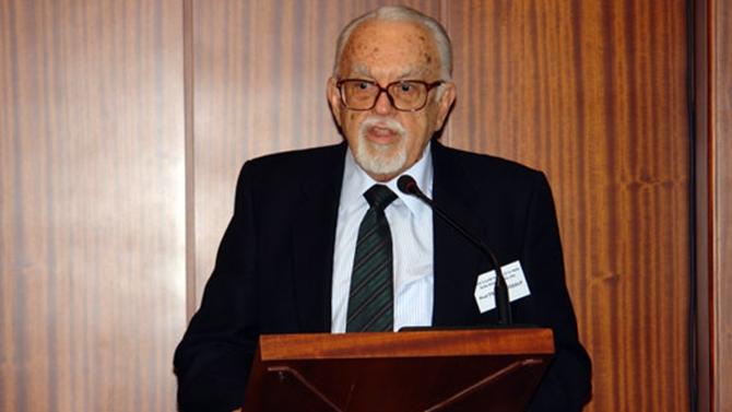 Prof. Dr. Teoman Özalp vefat etti